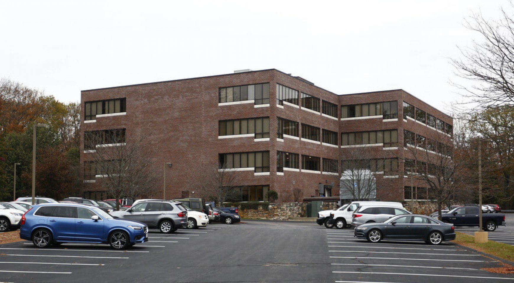Commercial Office Space Available At 2200 W Park Dr